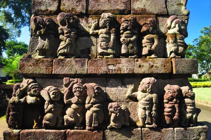 relief-candi-sukuh
