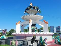 monumen-di-bundaran-burung-kereng-palangkaraya