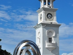 queen-victoria-memorial-clock-tower