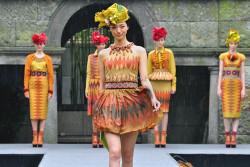 Bahan Tenun Bali, Karya Priyo Oktaviano untuk CTI