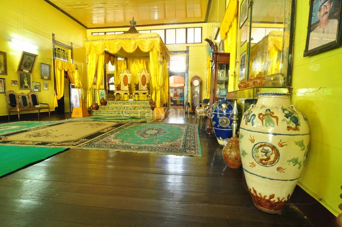 istana kraton Kadriah