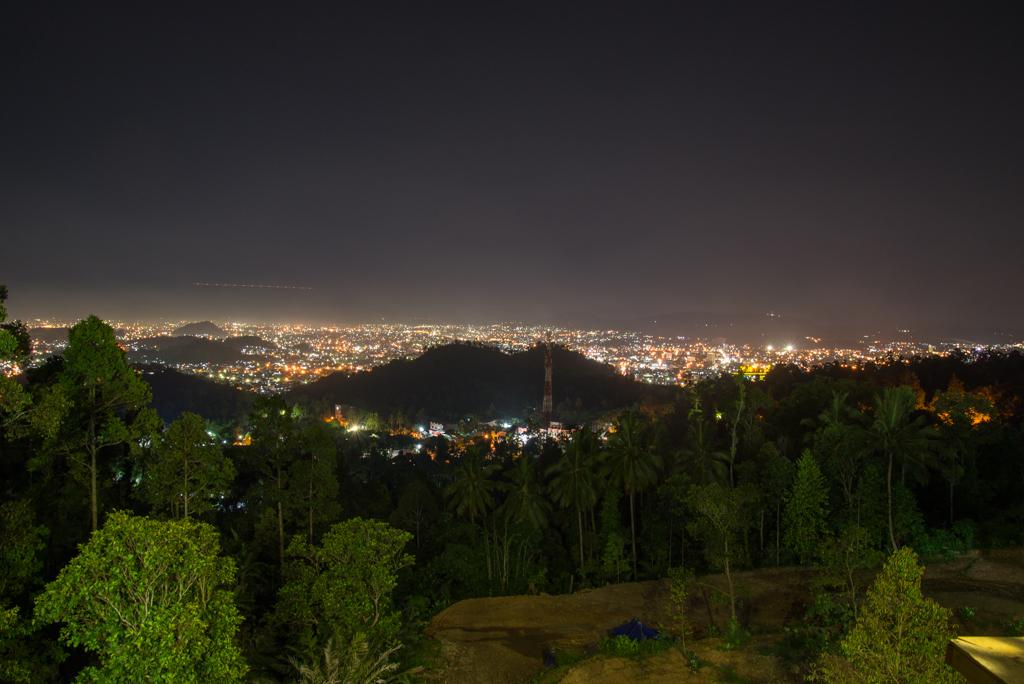 View Kota Lampung Malam hari dari Puncak Mas