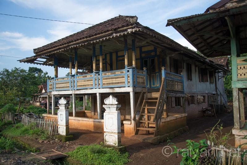 Nuwou Sesat, rumah adat khas Lampung