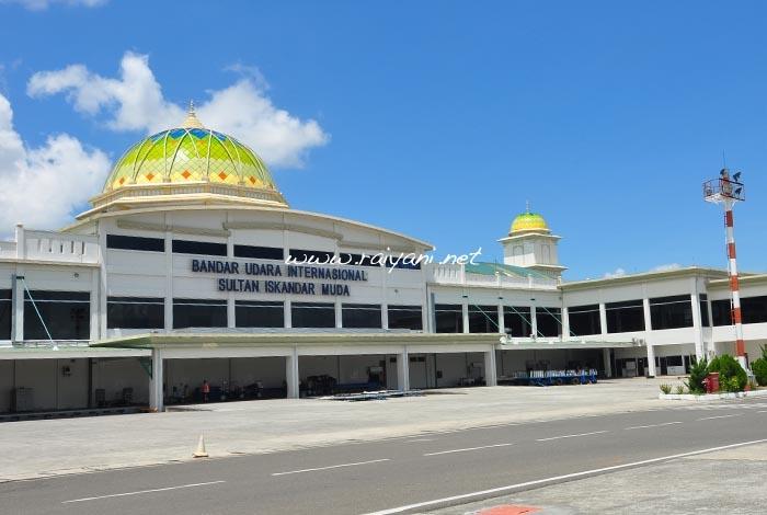 bandara-udara-sultan-iskandar-muda