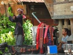 sigale-gale-tuktuk