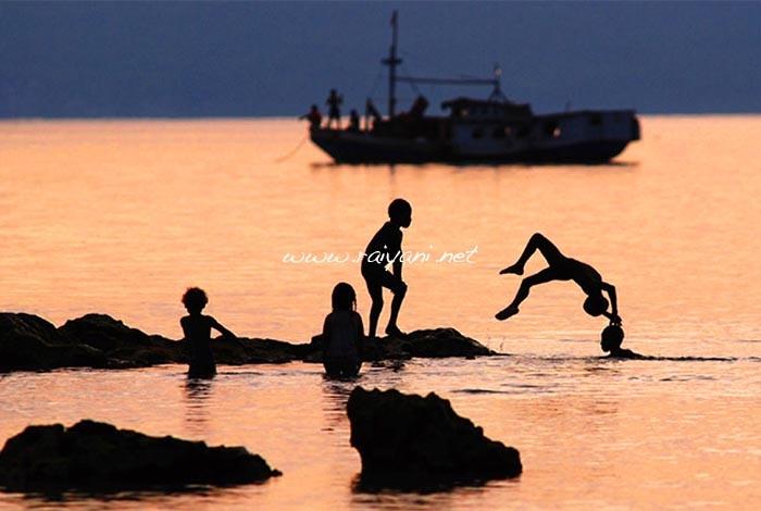 sunset-di-biak