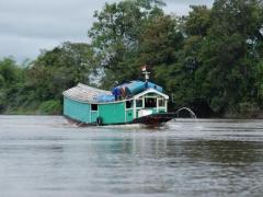 perahu-kayu-kapuas