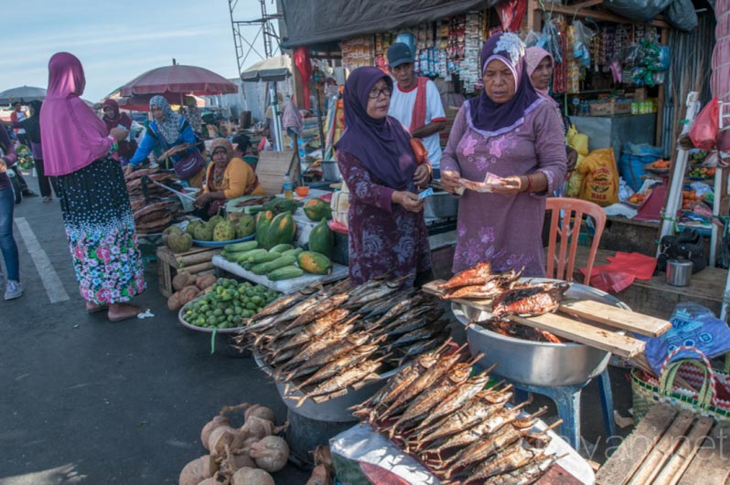 14 Pasar Ternate