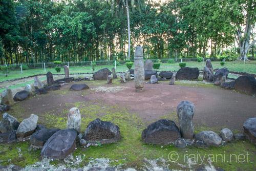 Kompleks Situs Batu Makam - raiyani