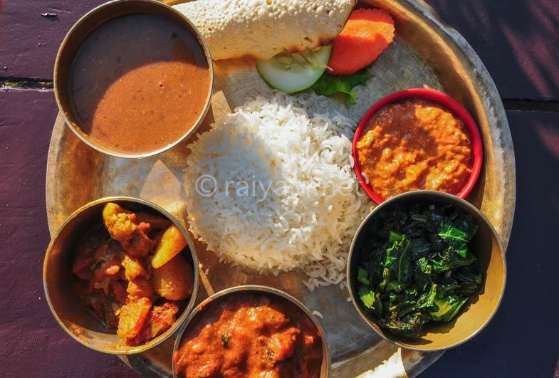 Mutton Dal Bhat, makanan khas Nepal