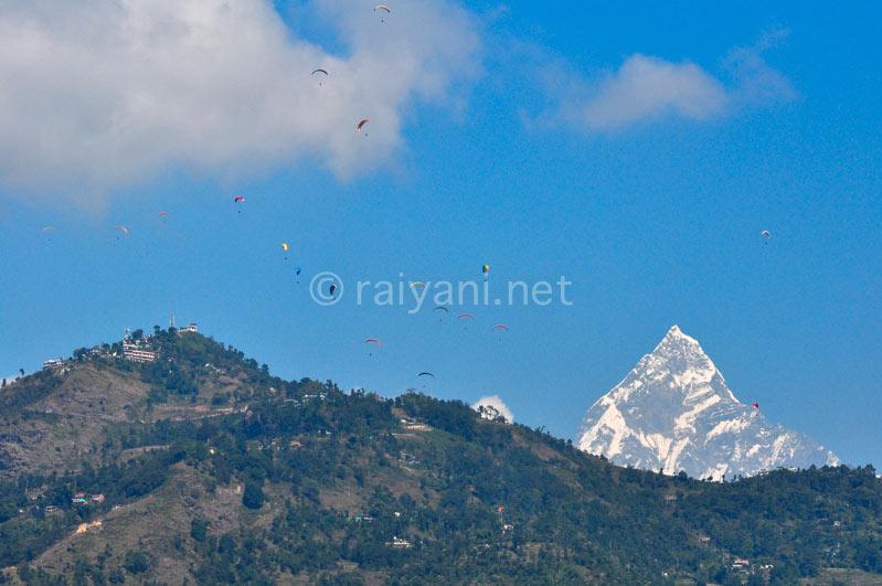 Paragliding di Pokhara