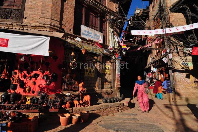 Suasana toko di Bhaktapur
