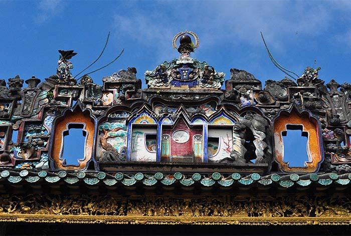 atap rumah pinang peranakan mansion