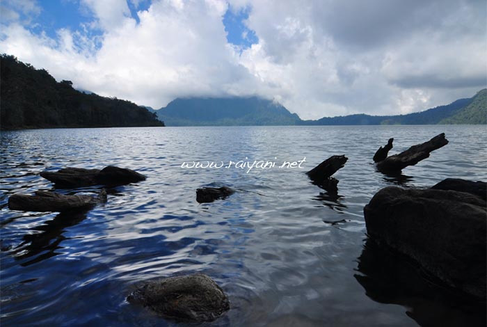 danau-gunung-tujuh-jambi