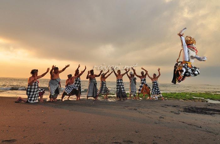 hanoman dance bali