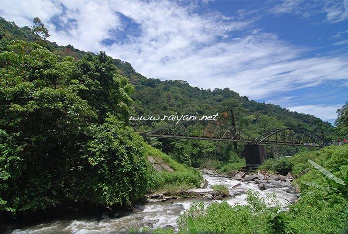 jembatan-anai-west-sumatra