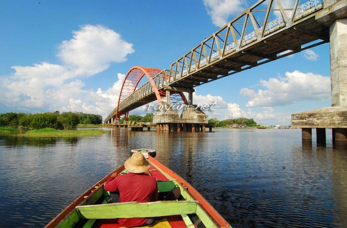 jembatan kahayan central kalimantan
