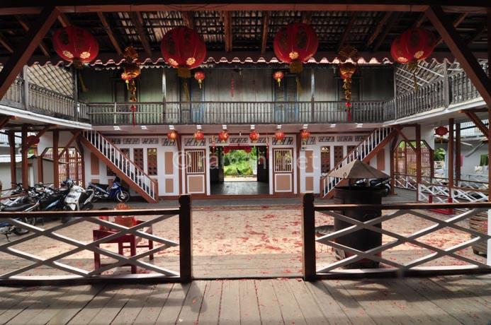 kampung tradisional singkawang west kalimantan