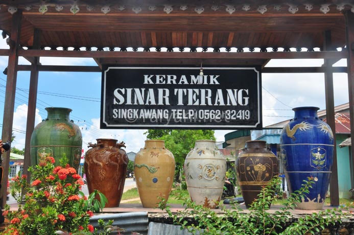 keramik singkawang west kalimantan