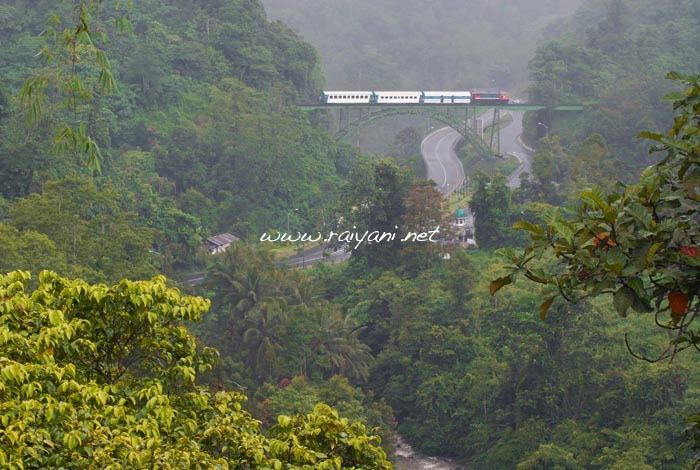 kereta-padang-pariaman-west-sumatra