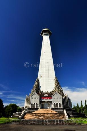 monumen mandala south sulawesi