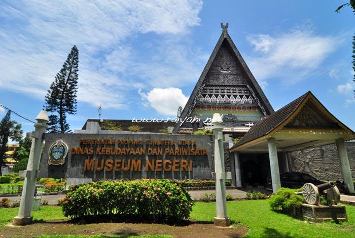 museum-negeri-medan-north-sumatra