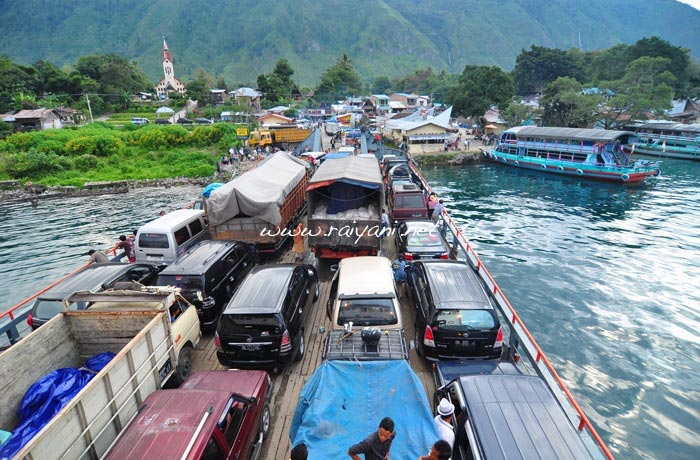 pelabuhan-ajibata-samosir-north-sumatra