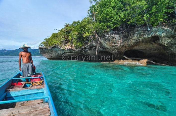 pulau tiga ambon maluku