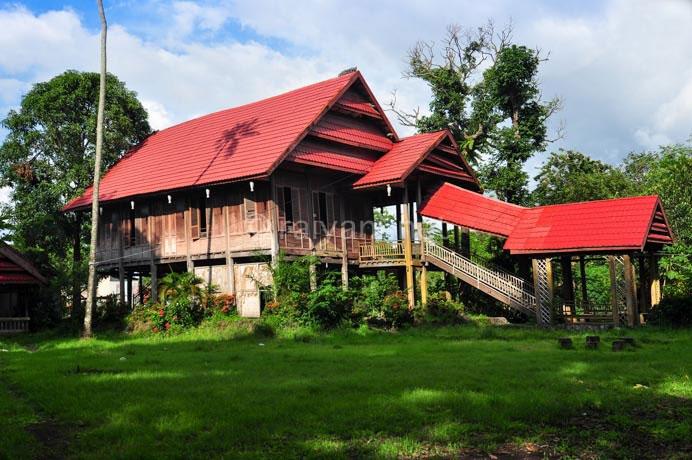 rumah adat sulawesi south sulawesi