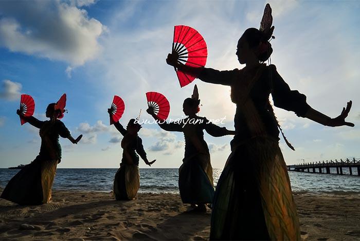tarian anak rara south sulawesi