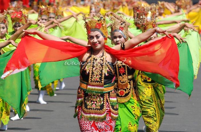 tarian gandrung banyuwangi east java